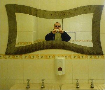 Mirror In Te Bathroom